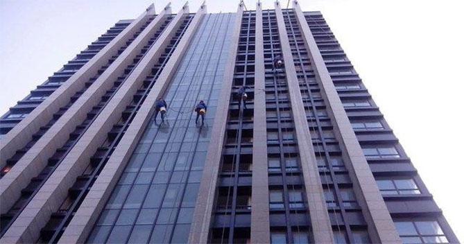 明远大厦-外墙清洁案例